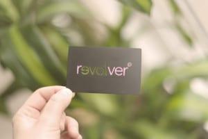 carte metal-noir revolver ironcards Cartes de membre VIP