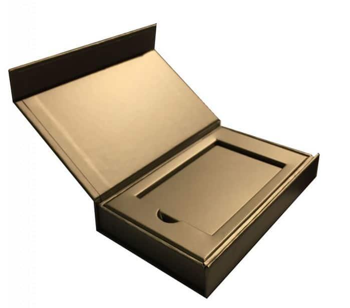 Coffret papier pour carte en metal
